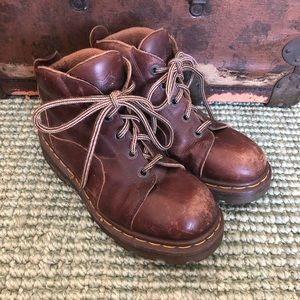 Vintage Doc Dr. Martens brown chunky combat boots